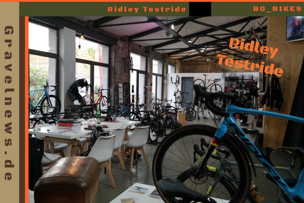 Fahrradhalle